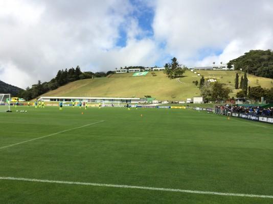 Högst upp på kullen ligger spelarnas nybyggda rum