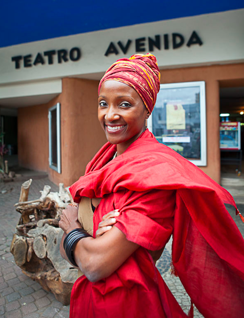 Lucrecia Paco fotograferad av Anders Kristensson i Maputo, december 2011