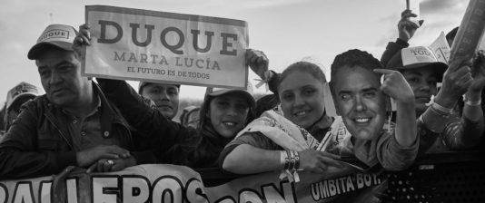 Delar av arbetarklassen ställer sig bakom det konservativa högerpartiet i Colombia.
