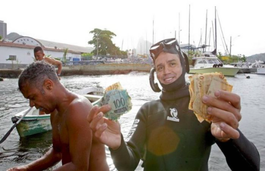 En lycklig dykare