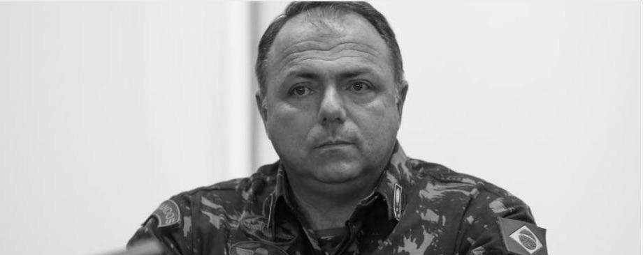 Armégeneralen Pazuello har tagit över hälsodepartementet