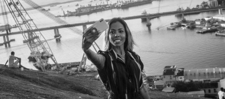 Kamilla Ribeiro är en av många kvinnor som stödjer Bolsonaro