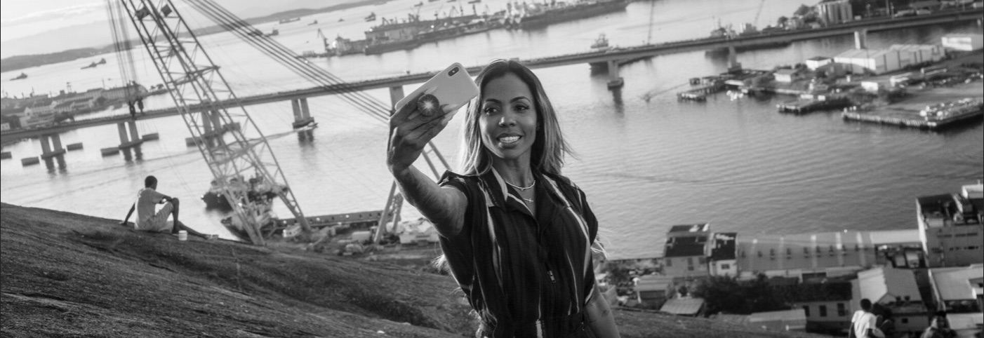 Kamilla RRoberio är en av många kvinnor som stödjer Bolsonaro